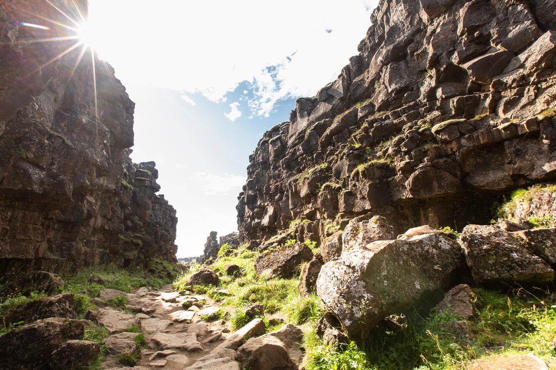 Geology at Þingvvellir with sunburst