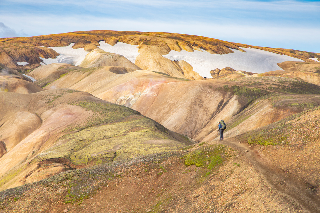 Corrie and colorful formations on the Laugavegur Trail