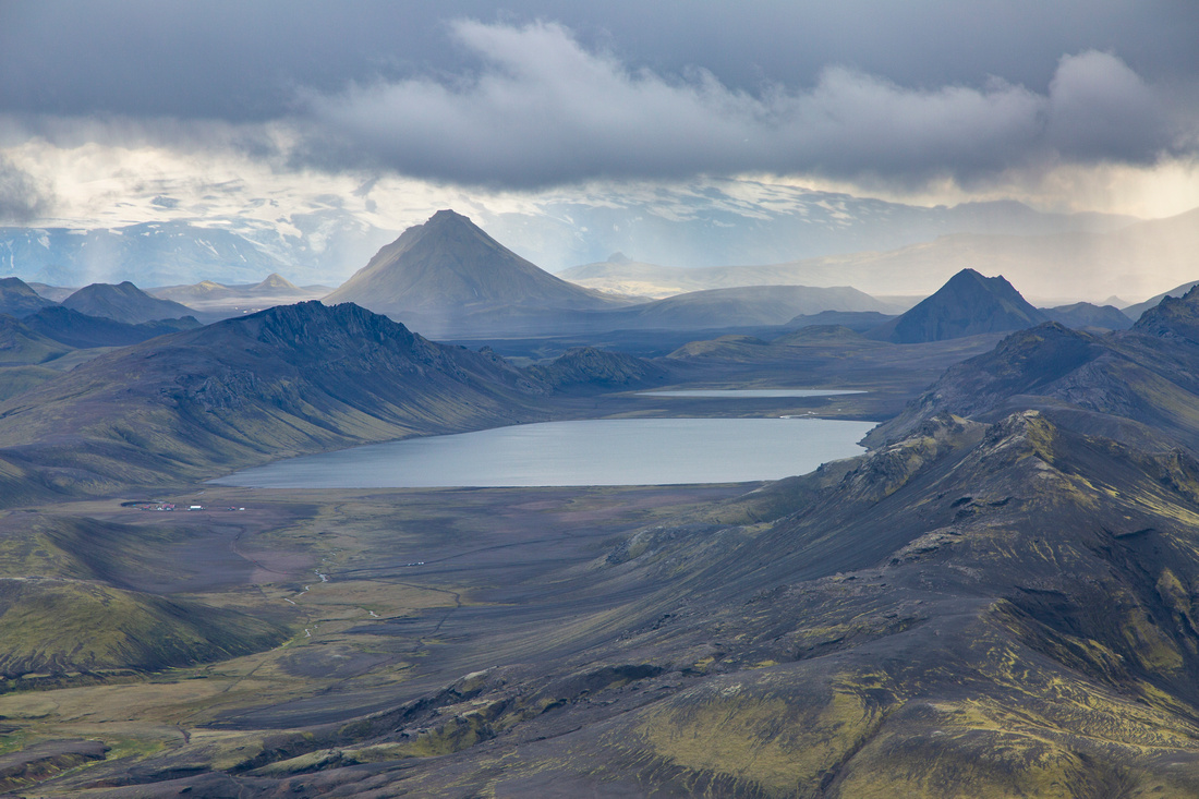 Álftavatn from the pass