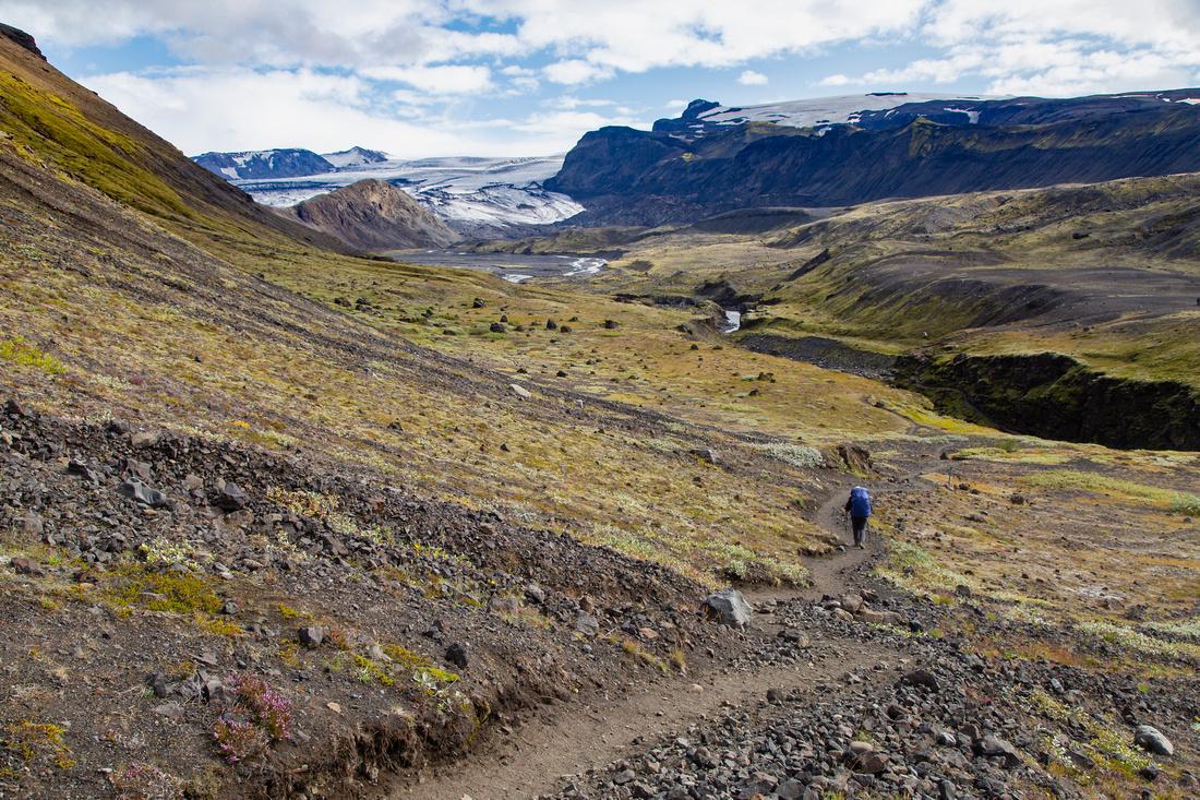 Corrie on the trail to Þórsmörk from Emstrur (4)