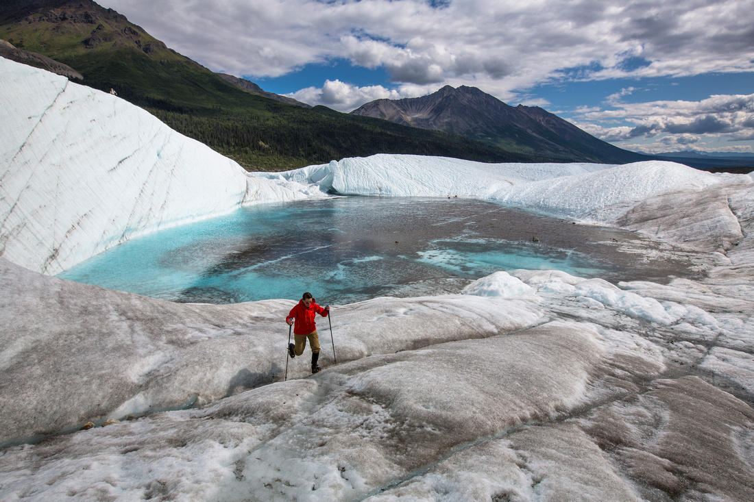 Backpackers Exploring the Root Glacier (12)