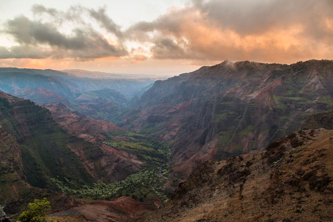 Waimea Canyon Sunset from Canyon Trailhead