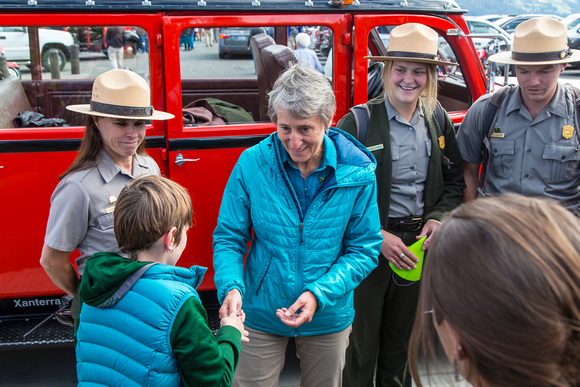 Secretary Jewell Signing Autographs for Visitors
