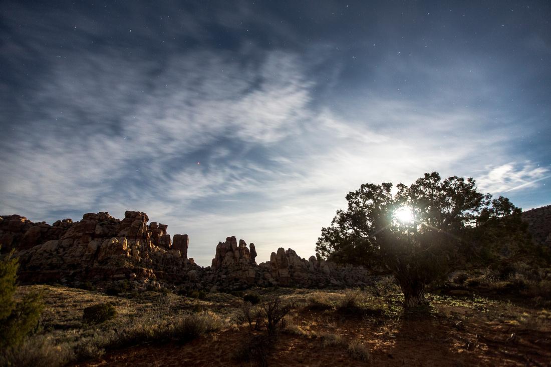 Full Moon Sunrise in Starvation Pocket