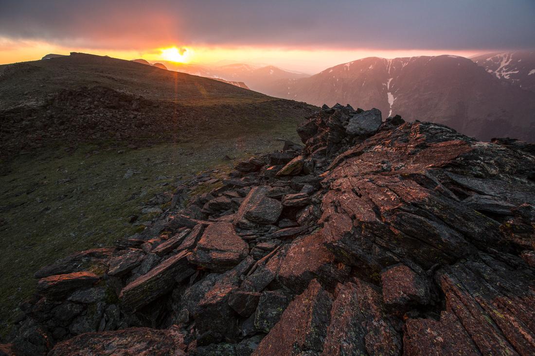 Hazy Sunset From Sundance Mountain (2)